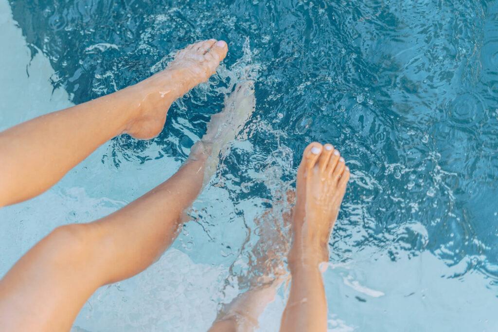 pies en piscina ippo en tu centro